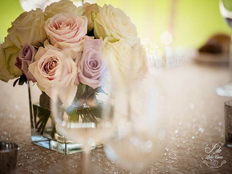 Flower compostions at Lido di Lenno | Lake Como Wedding Planner