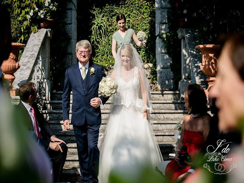 The bride and the father moment in Lake Como | Lake Como Wedding Planner