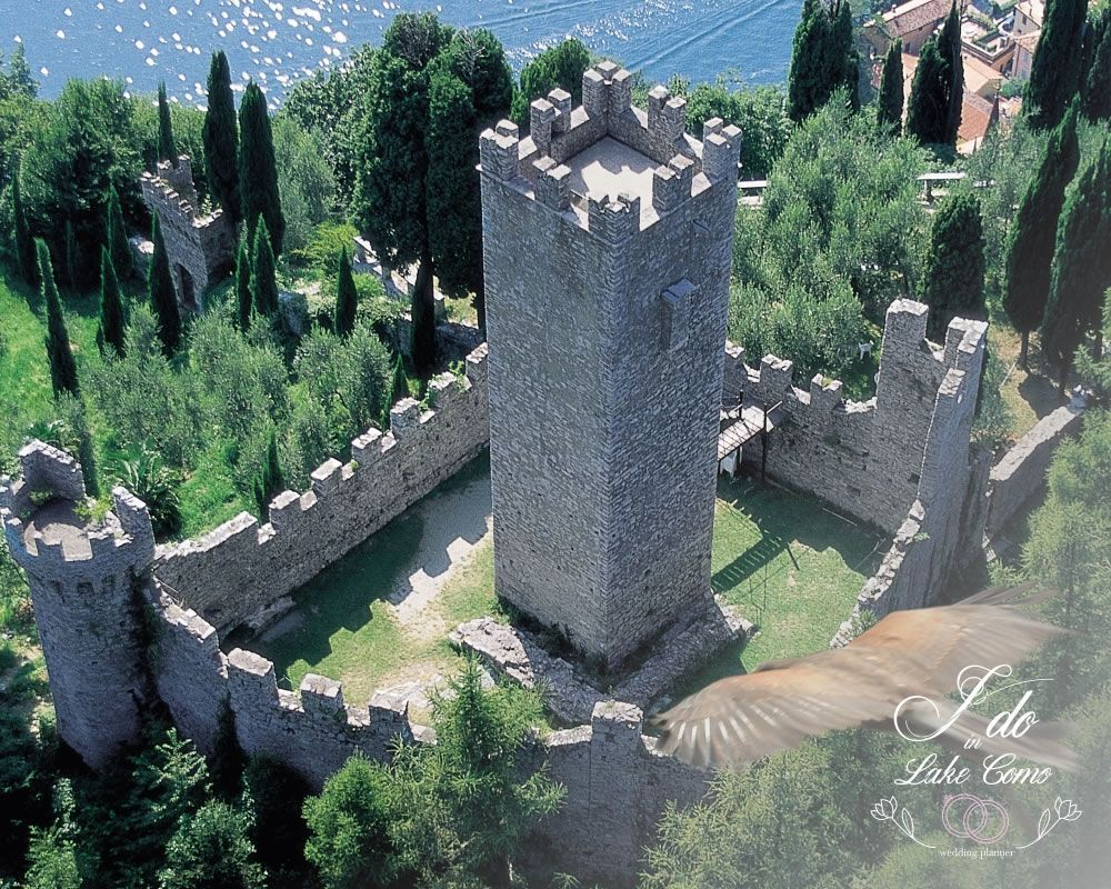 Castello di Vezio wedding venue in lake Como
